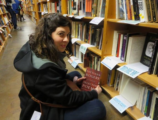 abby-in-book-store